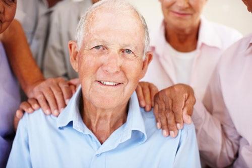 img_como_proteger_a_los_ancianos_del_calor_en_verano_19339_600
